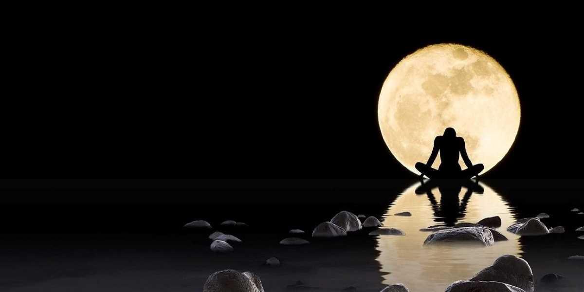 Pleine lune du 18 mai en Scorpion - Happy Yoga