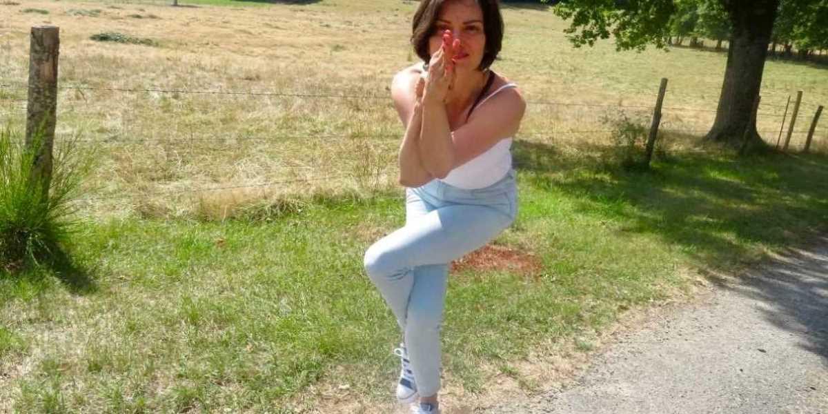 Centré et enraciné - Happy Yoga