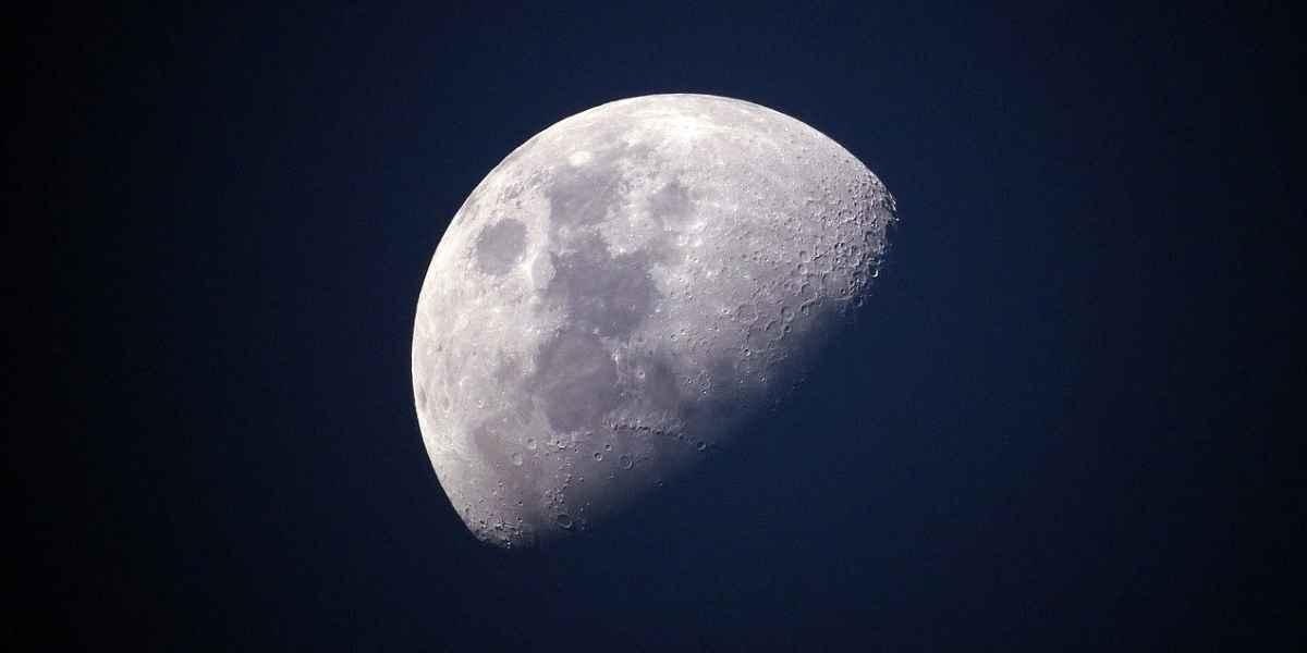Nouvelle lune du 23 avril en Taureau - Happy Yoga